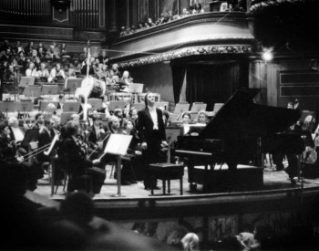 Christian Favre avec l'Orchestre de la Suisse Romande, direction : Mario Venzago - 1986